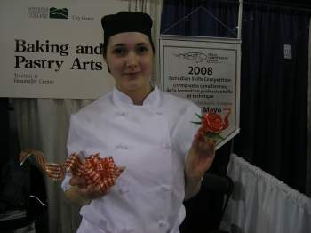 Vancouver Community College student Caitlin Mayo entertained Congress attendees with some fancy sugar work.